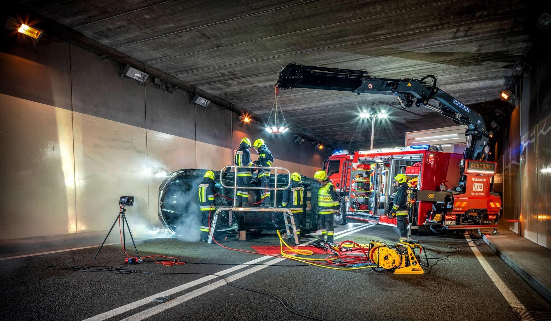 Kofler Fahrzeugbau SRF Schweres Rüstfahrzeug FF. St. Michael Eppan